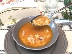 Sopa de pescado.