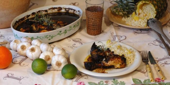 Pollo asado con arroz por piña y coco