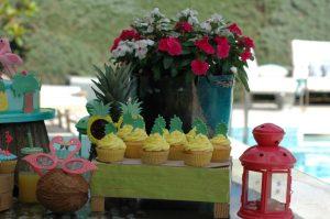 Cupcakes variados de piña y limón