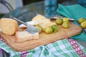 Tabla de quesos e higos