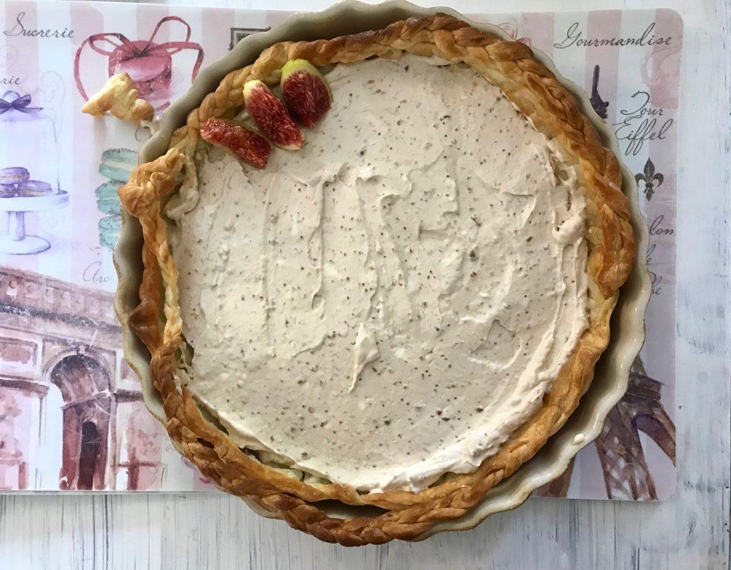 Tartaleta rellena de crema de higos