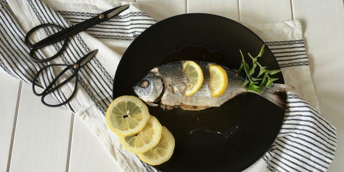 Oblada al horno con limón
